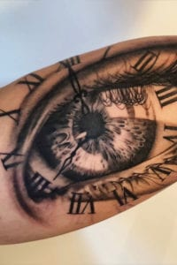 oog tattoo ramos ink bovenarm